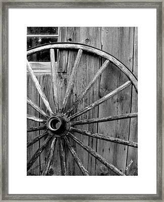 Wheel Of Fortune Framed Print by Ed Smith