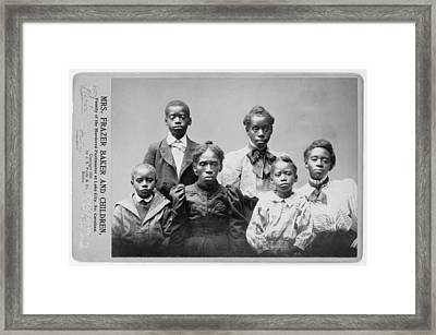 Widow And The Surviving Children Framed Print by Everett
