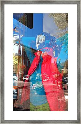 Window Shopping In Aspen Framed Print