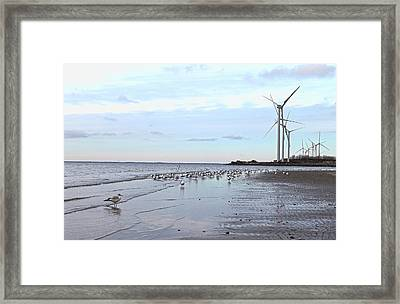 Windtalkers Framed Print by Peter Chilelli