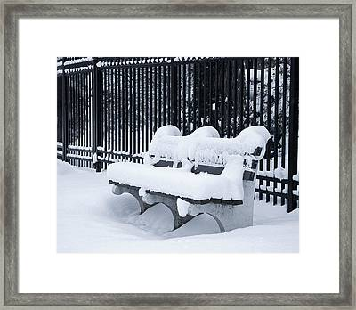 Winter's Quiescence Framed Print by Dale Kincaid