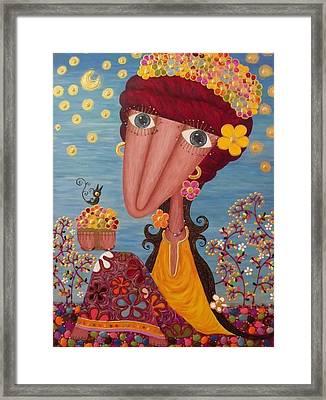 Woman#1 Framed Print by Suwannee Wannasopha