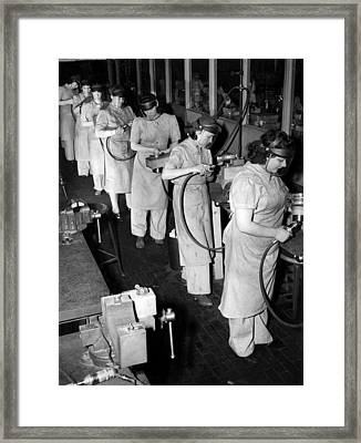 Women Did Mens Jobs During World War Framed Print