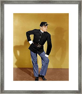 Yankee Doodle Dandy, James Cagney, 1942 Framed Print by Everett
