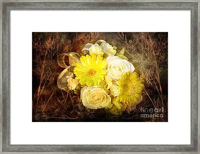 Yellow Gerbera Daisy And White Rose Bridal Bouquet In Nature Setting Framed Print by Cindy Singleton
