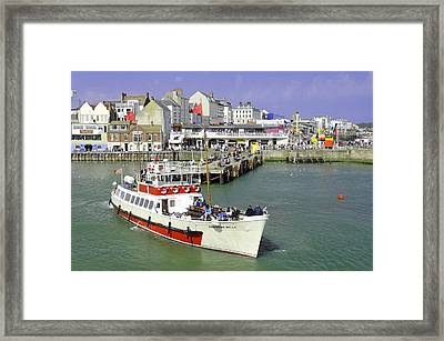 Yorkshire Belle Turning In Bridlington Harbour Framed Print by Rod Johnson