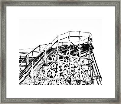 Zippin Pippin Framed Print by Lizi Beard-Ward