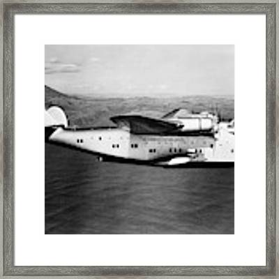 1930s 1940s Pan American Clipper Flying Framed Print by Vintage Images