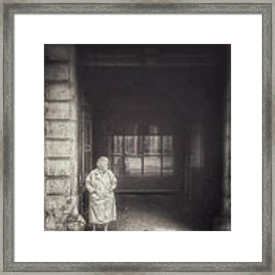 A Long Boring Wait... Framed Print by Stwayne Keubrick