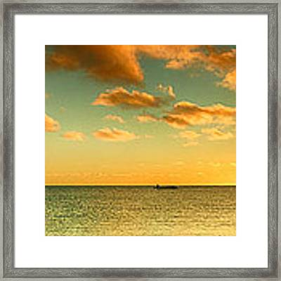 Panoramic Photo Sunrise At Monky Mia Framed Print by Yew Kwang