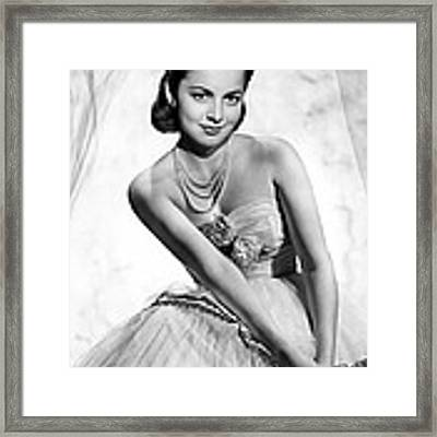 Olivia De Havilland, 1946 Framed Print by Everett