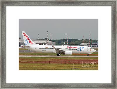 Framed Print featuring the photograph  Aireuropa - Boeing 737-800 - Ec-kcg  by Amos Dor