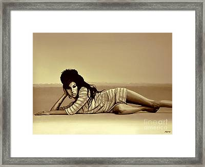 Amy Winehouse Gold Framed Print by Meijering Manupix