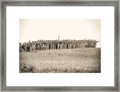 Gettysburg Confederate Infantry 0157s Framed Print