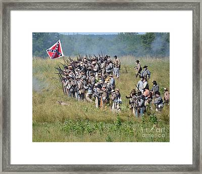 Gettysburg Confederate Infantry 9015c Framed Print