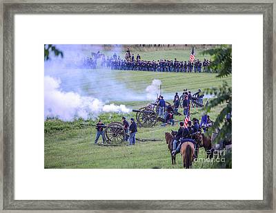 Gettysburg Union Artillery And Infantry 7439c Framed Print