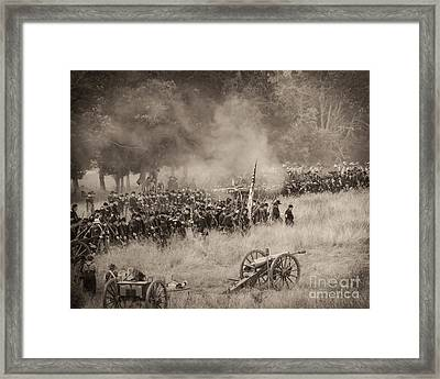 Gettysburg Union Artillery And Infantry 8456s Framed Print