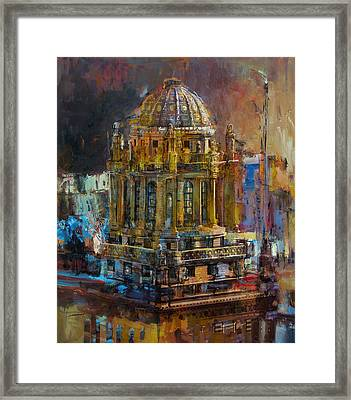 071 Famous Building Top In Chicago Illinois Framed Print by Maryam Mughal
