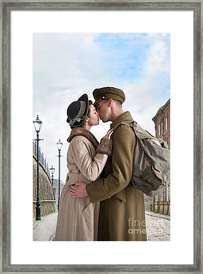 Framed Print featuring the photograph 1940s Lovers by Lee Avison