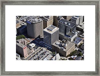 300 Delaware Ave Wilmington De 19801 Framed Print by Duncan Pearson