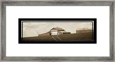 Barn 18 Framed Print