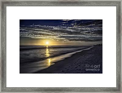 Beach Sunset 1021b Framed Print by Walt Foegelle