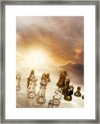 Chess Game Framed Print by Les Cunliffe