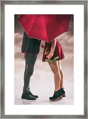 Couple Of Sweethearts Framed Print by Carlos Caetano