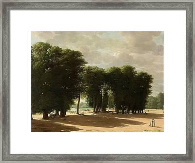 De Ingang Van Het Park Van St Cloud Te Parijs Framed Print