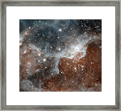 Dr22 In The Cygnus Region Of The Sky Framed Print