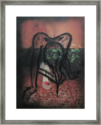 Femenina Framed Print