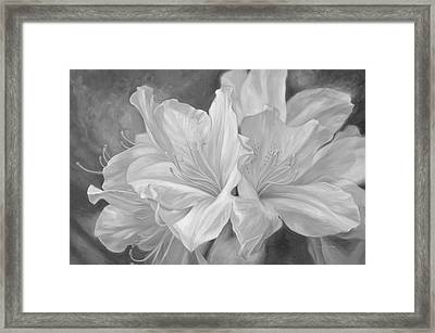 Fleurs Blanches - Black And White Framed Print