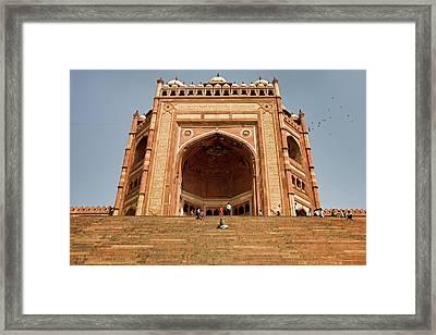 Jama Masjid, Buland Darwaza, Fatehpur Sikri Framed Print