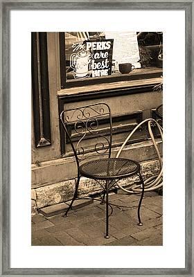 Jonesborough Tennessee - Coffee Shop Framed Print by Frank Romeo