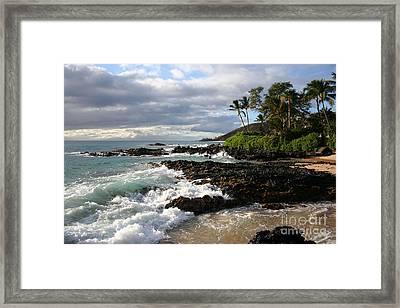 Ke Lei Mai La O Paako Oneloa Puu Olai Makena Maui Hawaii Framed Print by Sharon Mau