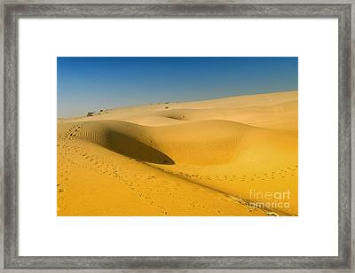 Framed Print featuring the photograph Khuri Desert by Yew Kwang