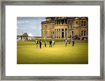 Last Put St Andrews Golf Club Framed Print by Alex Saunders
