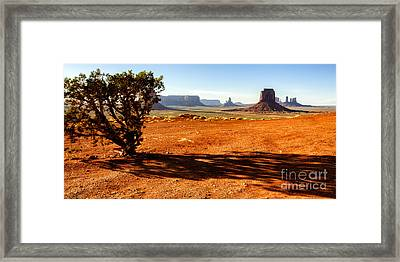 Monument Valley  Framed Print by Thomas R Fletcher