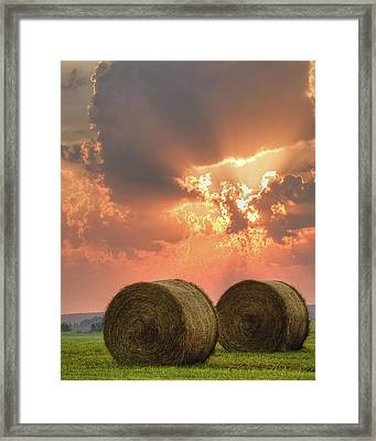 Morning In The Heartland Framed Print by Ron  McGinnis