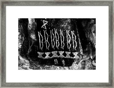 Native American Petroglyph On Sandstone Black And White Framed Print by John Stephens