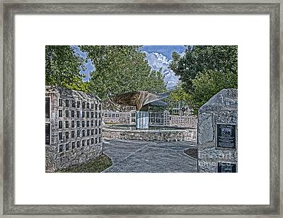 Nimitz Prop Fountain Framed Print