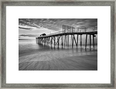Nj Shore Dawns Early Light Bw Framed Print by Susan Candelario