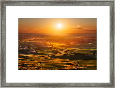 Palouse Sunset Framed Print by Thorsten Scheuermann
