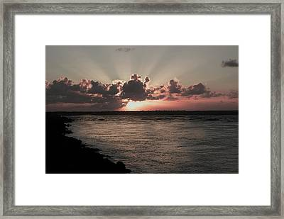 Por-do-sol Framed Print by Marcos Paiva