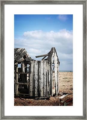 Projekt Desolate Alone Framed Print by Stuart Ellesmere