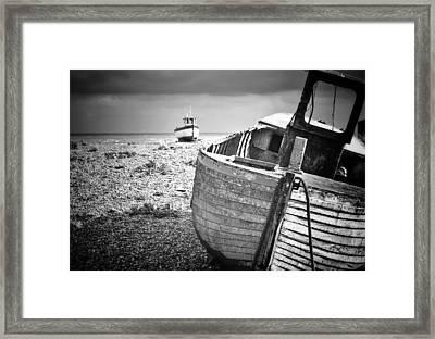 Projekt Desolate Passer By  Framed Print by Stuart Ellesmere