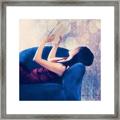 Reading Framed Print by Joana Kruse