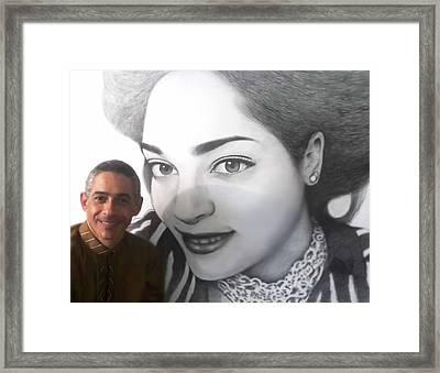 Retrato  Framed Print