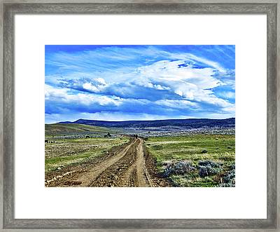 Room To Roam - Wyoming Framed Print by L O C