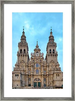 Framed Print featuring the photograph Santiago De Compostela Cathedral by Fabrizio Troiani